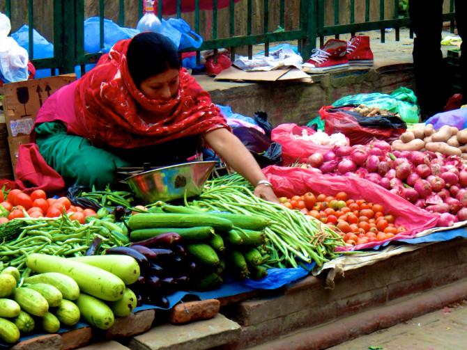 ネパール カトマンズ 野菜店