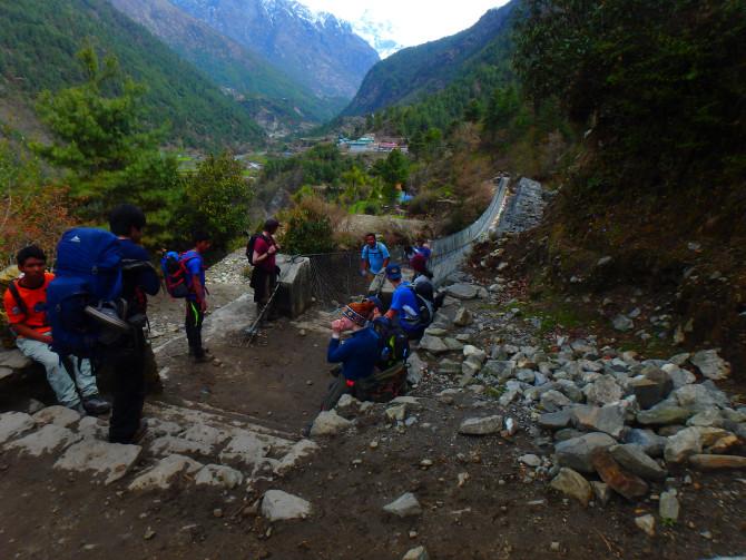 ネパール ルクラ 橋