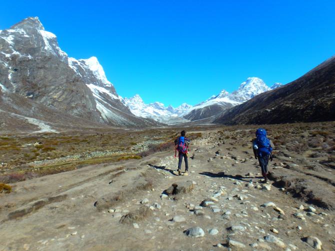 ネパール ペリチェ 山②