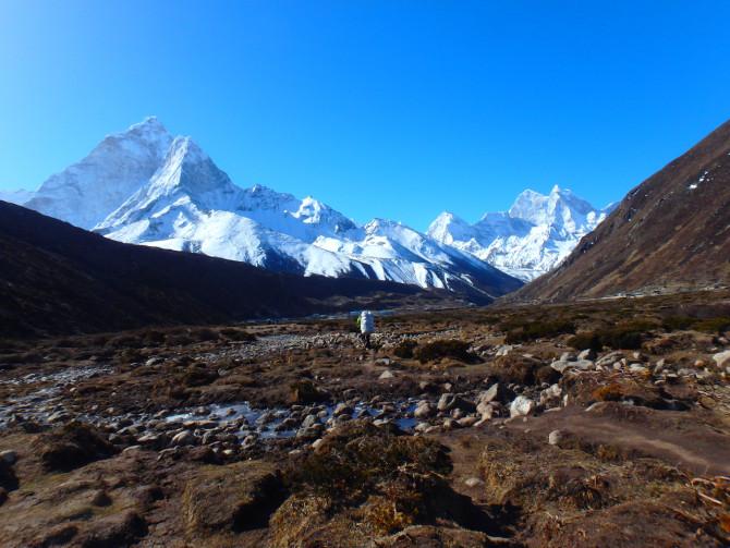 ネパール ペリチェ 山①