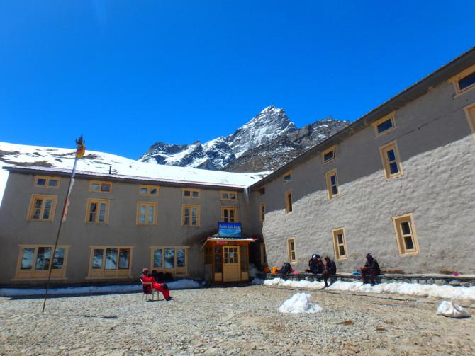 ネパール ロブチェ 宿