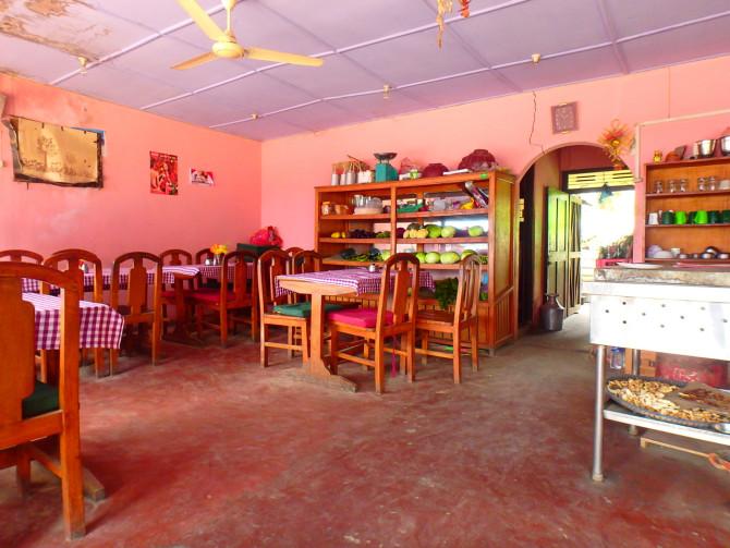 ネパール ポカラ 店