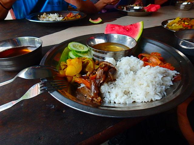 ネパール ルンビニ ご飯