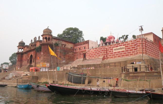 インド バラナシ 建物