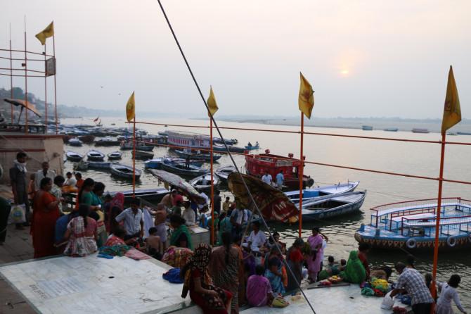 インド バラナシ ガンジス河