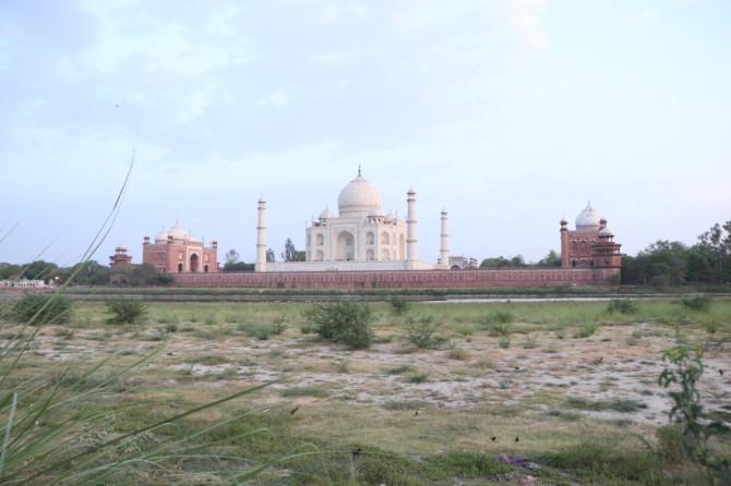インド アグラ 裏タージ