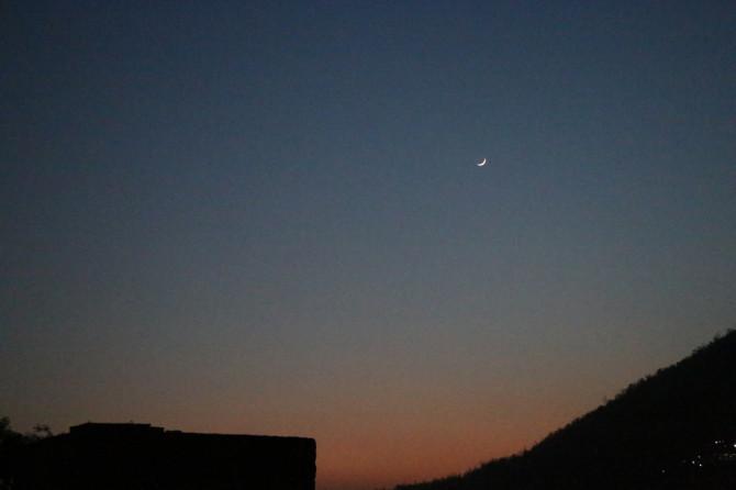 インド リシケシュ 月