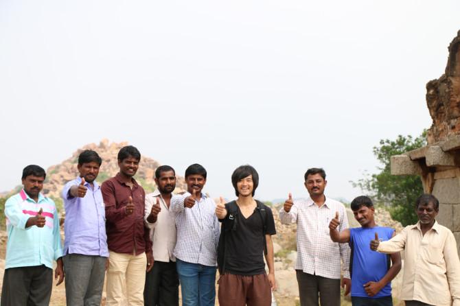 インド ハンピ 集合写真