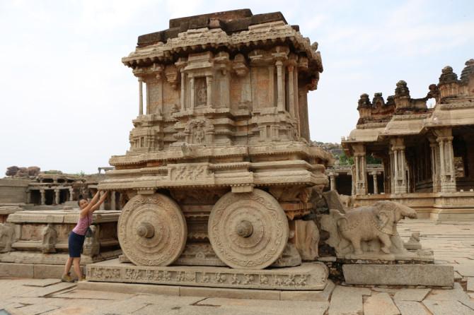インド ハンピ ヴィッタラ寺院④