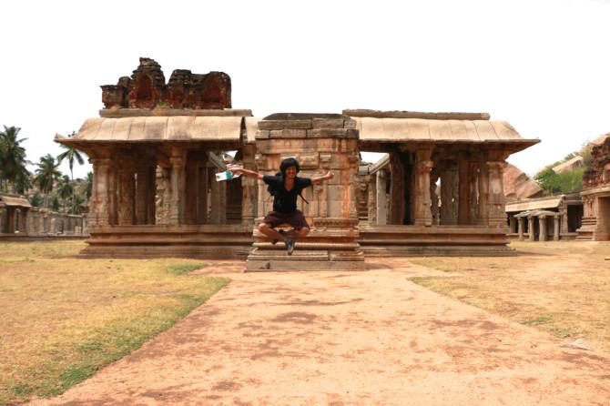 インド ハンピ アチュタラーヤ寺院①