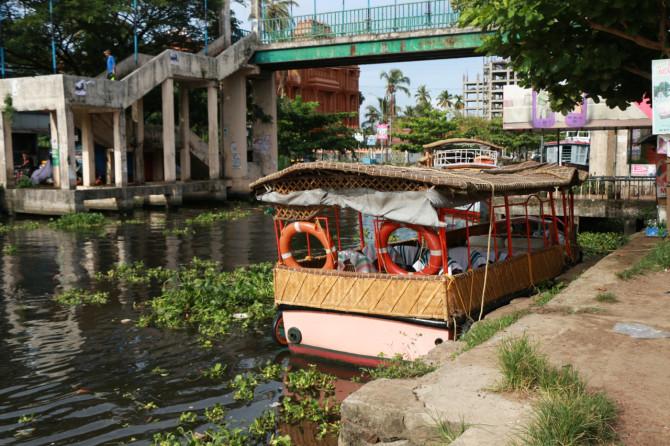 インド アレッピ 船