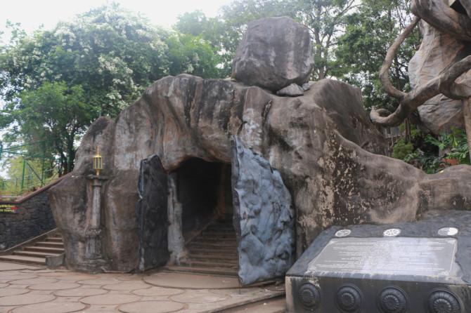スリランカ ダンブッラ 門