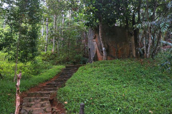 スリランカ ラトゥナプラ トイレ