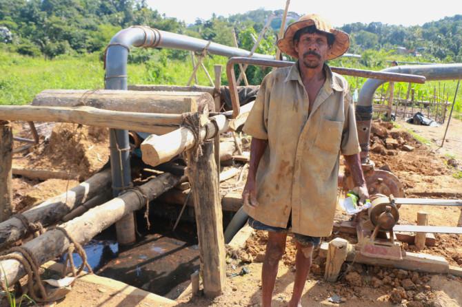 スリランカ ラトゥナプラ 採掘場②