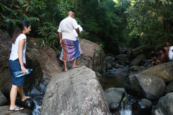 スリランカ ラトゥナプラ 滝①