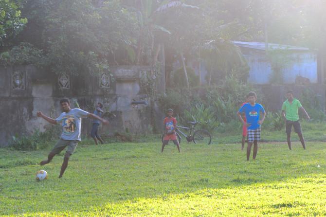 スリランカ ラトゥナプラ サッカー②