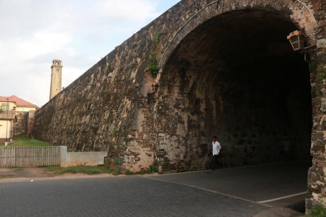 スリランカ ゴール トンネル