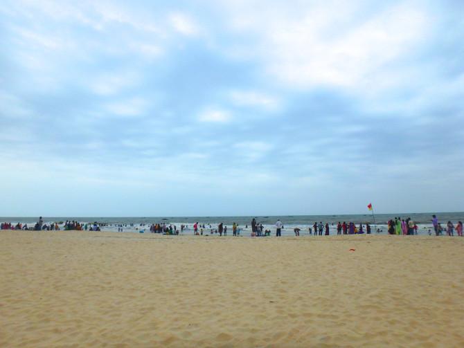 インド ゴア 海
