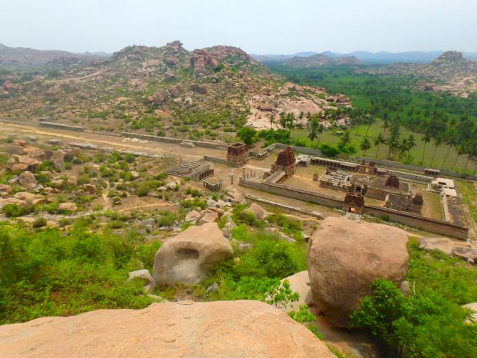 インド ハンピ アチュタラーヤ寺院②