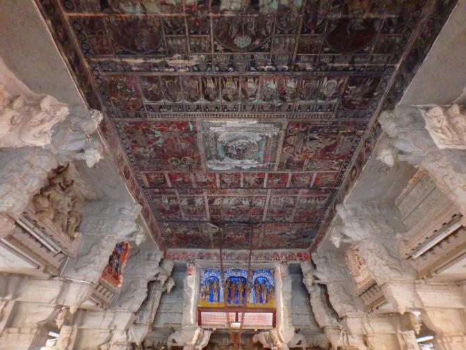 インド ハンピ ヴィルーパークシャ寺院②