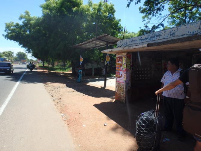インド マドゥライ バス停②