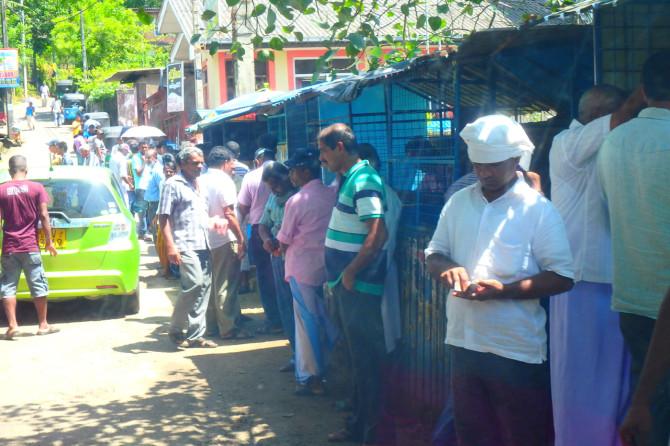 スリランカ ラトゥナプラ 町