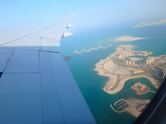 カタール ドーハ 飛行機