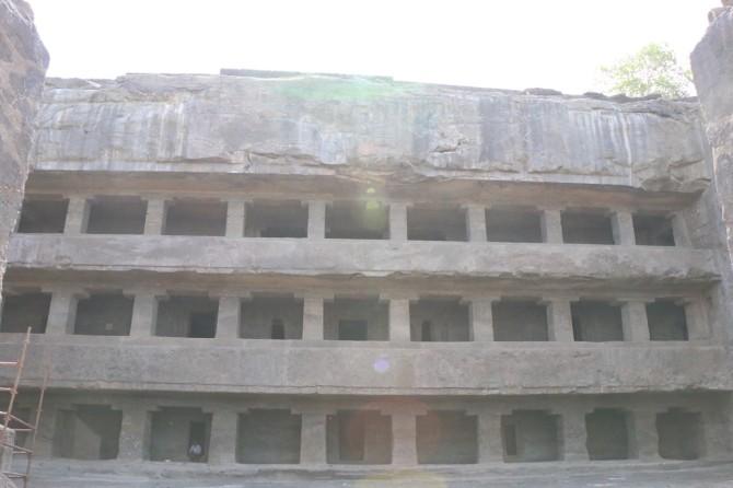 インド アウランガーバード アジャンタ(12窟)