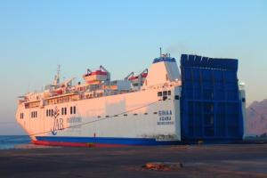 ヨルダン アカバ 船③