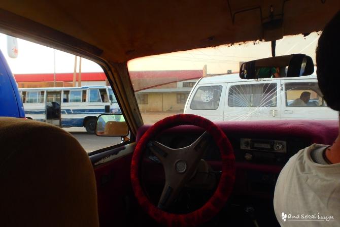 ハルツーム タクシー