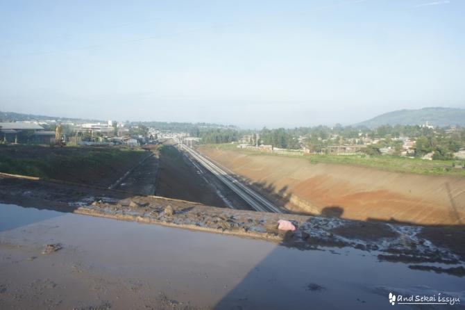 アディスアベバで線路が引かれていた