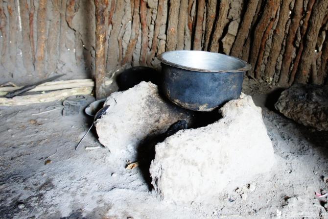 マサイ族の村の鍋