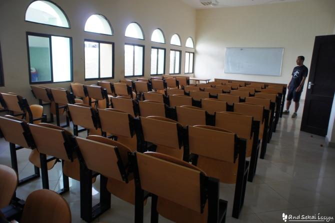 ザンジバル島の大学