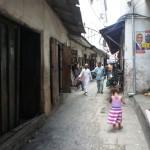 ザンジバル島のストーンタウン|歴史的建造物が並ぶ町を観光!!