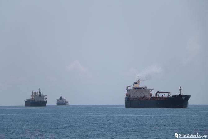 ザンジバル島へのフェリー 今回はAZAMの高速船を利用