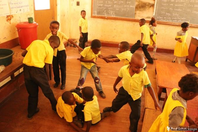 ザンビアで活動する青年海外協力隊の授業