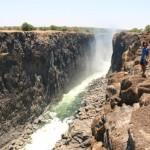 ビクトリアの滝(ザンビア側)|世界三大瀑布の滝が乾季に見せる別の顔!!
