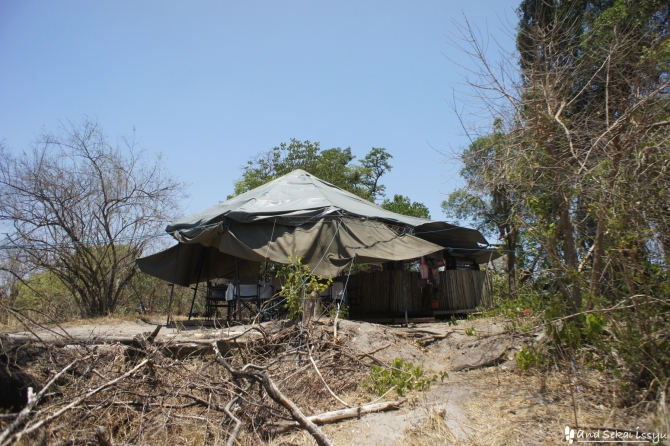 ビクトリアの滝(ザンビア)にあったテント