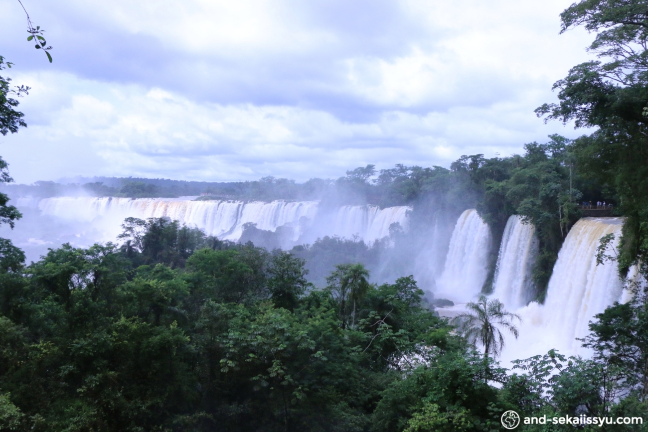 イグアスの滝(アルゼンチン側)