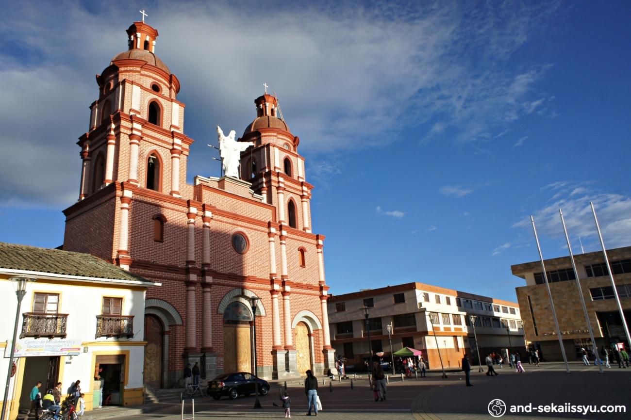 イピアレスの教会