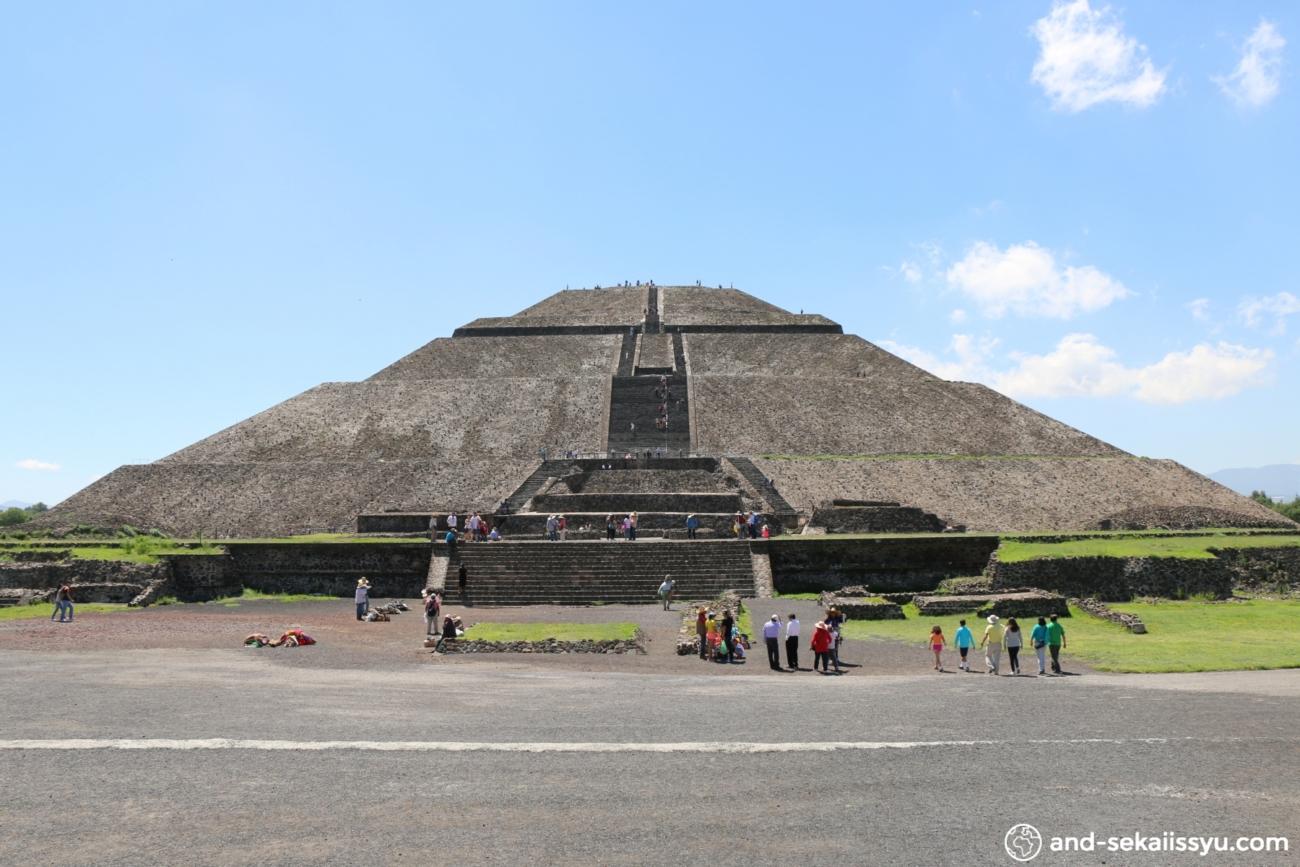 ティオティワカン|謎の巨大ピラミッド‼︎古代メキシコでなにがあったのか⁈バスで遺跡に行く方法‼︎