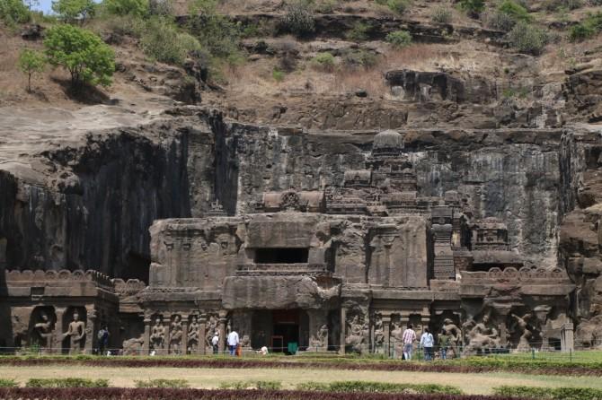 インド アウランガーバード エローラ(16窟)