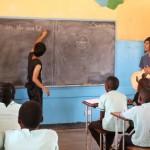 ザンビアの青年海外協力隊「ショウダイさん」|名曲「We Are The World」を子供達と大合唱!!