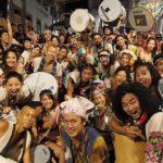 ブラジルの熱狂的な祭りサルバドールのカーニバルで太鼓を叩いてみた!!
